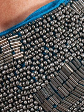 POEMS Βραδινό φόρεμα με κεντημένες χάντρες