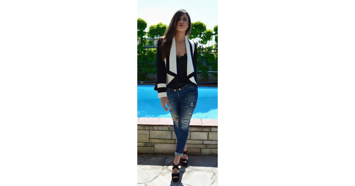 ZINO JORDAN Γυναικείο κοντό ασπρόμαυρο σακάκι - TOPTENFASHION.gr bc1e4433d48