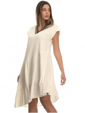 MisMASH Ισπανικό λευκό κοντομάνικο ασύμμετρο ανάγλυφο φόρεμα